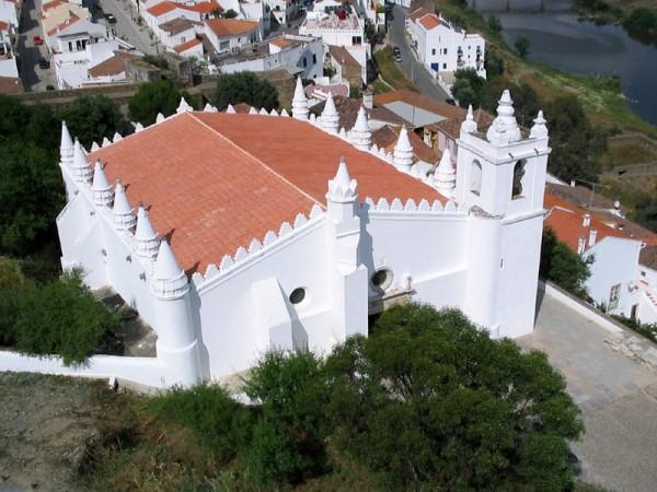 800px-Igreja_Matriz_de_Mértola